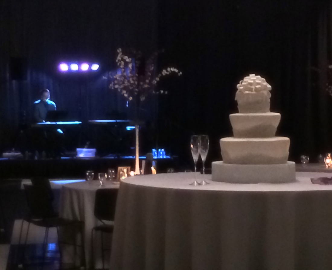 Owensboro, KY Dueling Piano Wedding At Hines Center