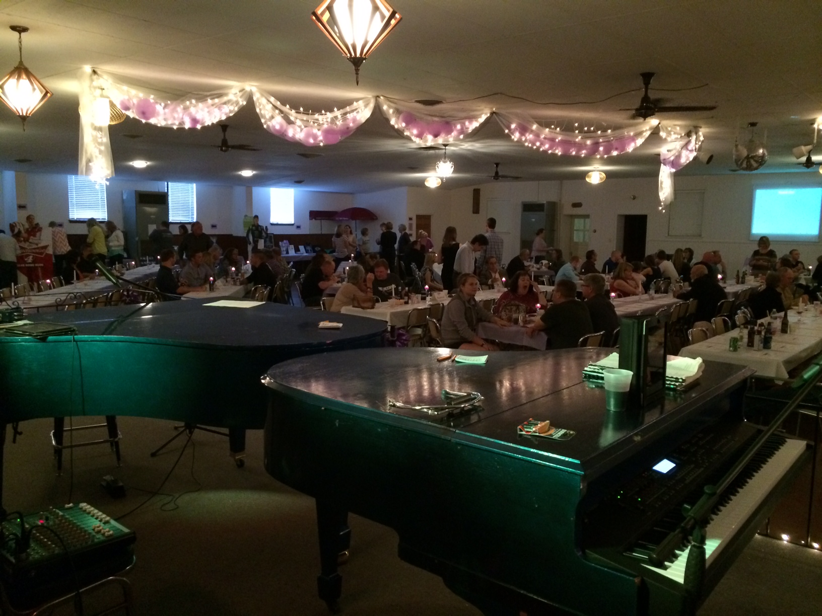 Dueling Piano Cancer Fundraiser Lifts Spirits For Patients And Families