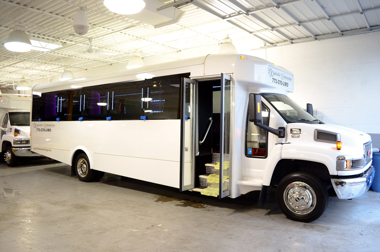 Party Bus Chicago | The Ultimate Ride For Your Event