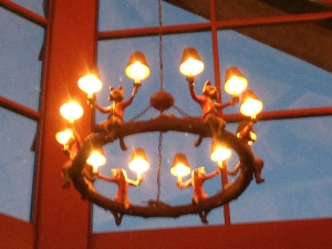 Fox Chandelier at Onion Pub & Brewery