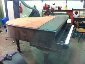 Piano Shell with keyboard