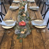 Vennebu Hill Barn Wedding table setting